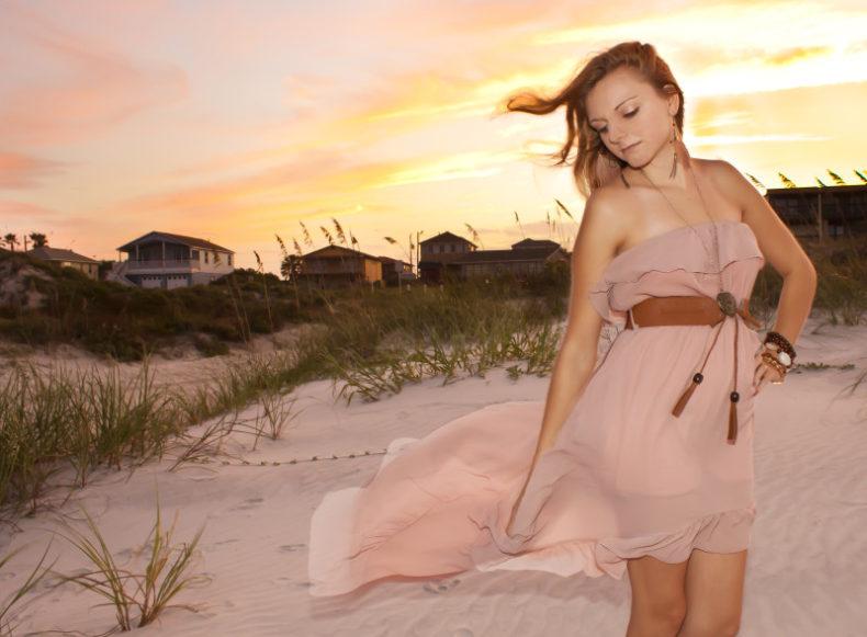 senior-portrait-sunset-beach