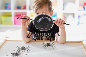 Kwik Stix Spider Craft